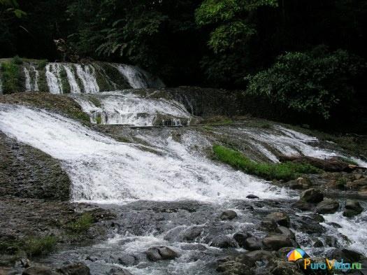 Водопады в Hacienda Sueño Azul